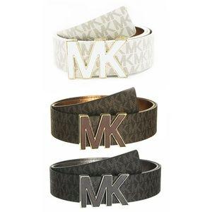NWT Michael Kors  Signature Logo  Belt 553504